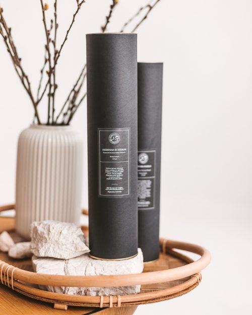 Namų kvapas su lazdelėmis